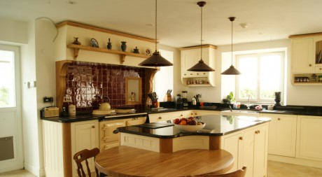 Bespoke Kitchens – Why choose Fine Finish Furniture?