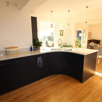 Bespoke kitchen installed by Fine Finish Furniture - Nottingham, Derbyshire and Leicestershire
