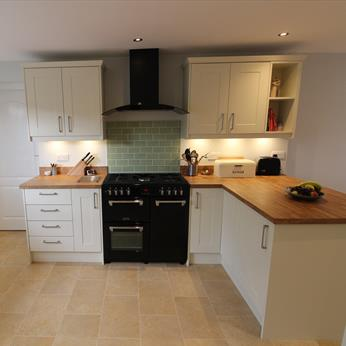 Bespoke, Family Kitchen, Free Design Service, Fine Finish Furniture, Nottinghamshire, Derbyshire, Leicestershire