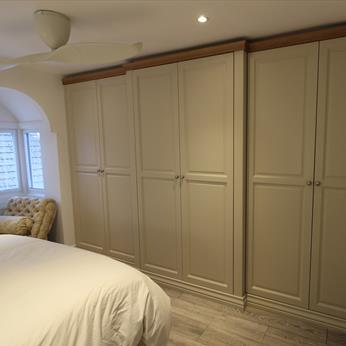 Bespoke fitted bedroom installed by Fine Finish Furniture - Nottingham, Derbyshire and Leicestershire