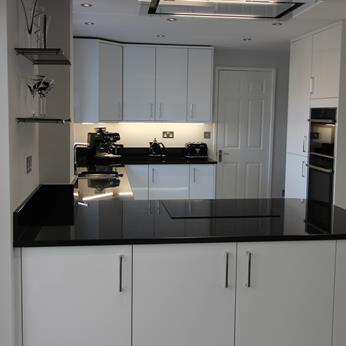 Porter White High Gloss Kitchen 2