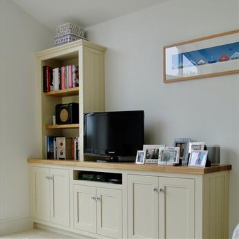 Bespoke, fitted Media Unit by Fine Finish Furniture, Nottingham.