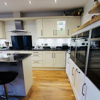 Cossington Smooth Kitchen 3