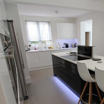 Second Nature Remo Bespoke kitchen installed by Fine Finish Furniture - Nottingham, Derbyshire and Leicestershire